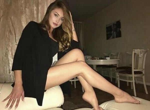 Cara escorts local men and tourists in Singapore