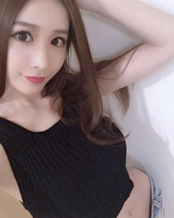 Escort girl for anal sex — from SGD 300 per hour