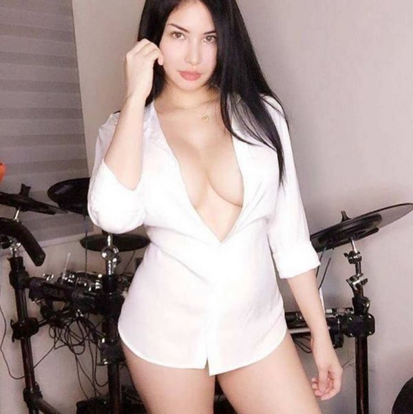 Sex with pakistani escort in Singapore
