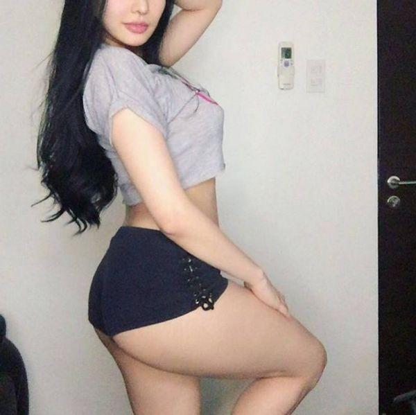 Cheap independent escort Abby charges SGD 400/hr