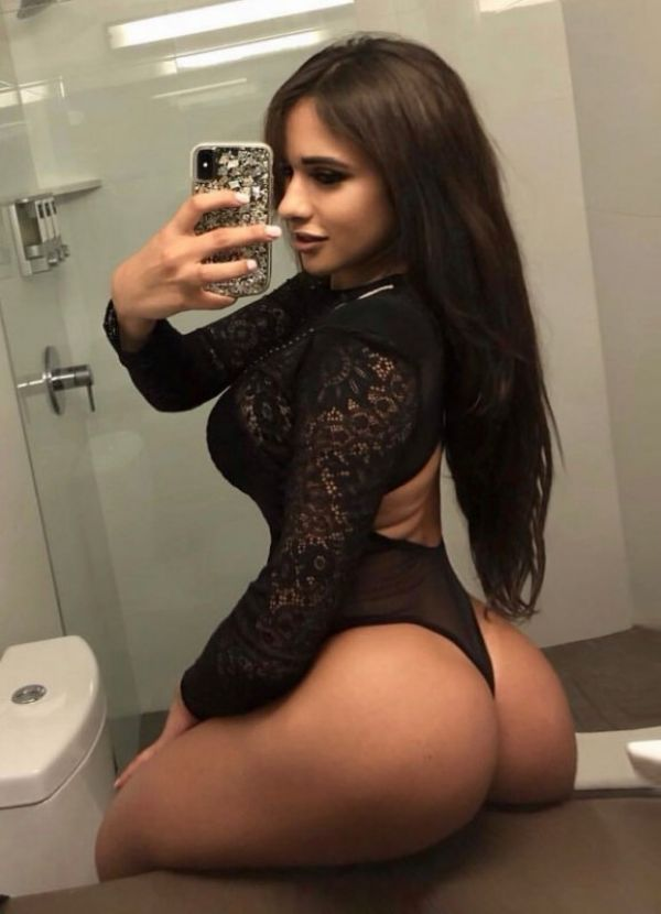 Lesbian female service from Paola 24 7